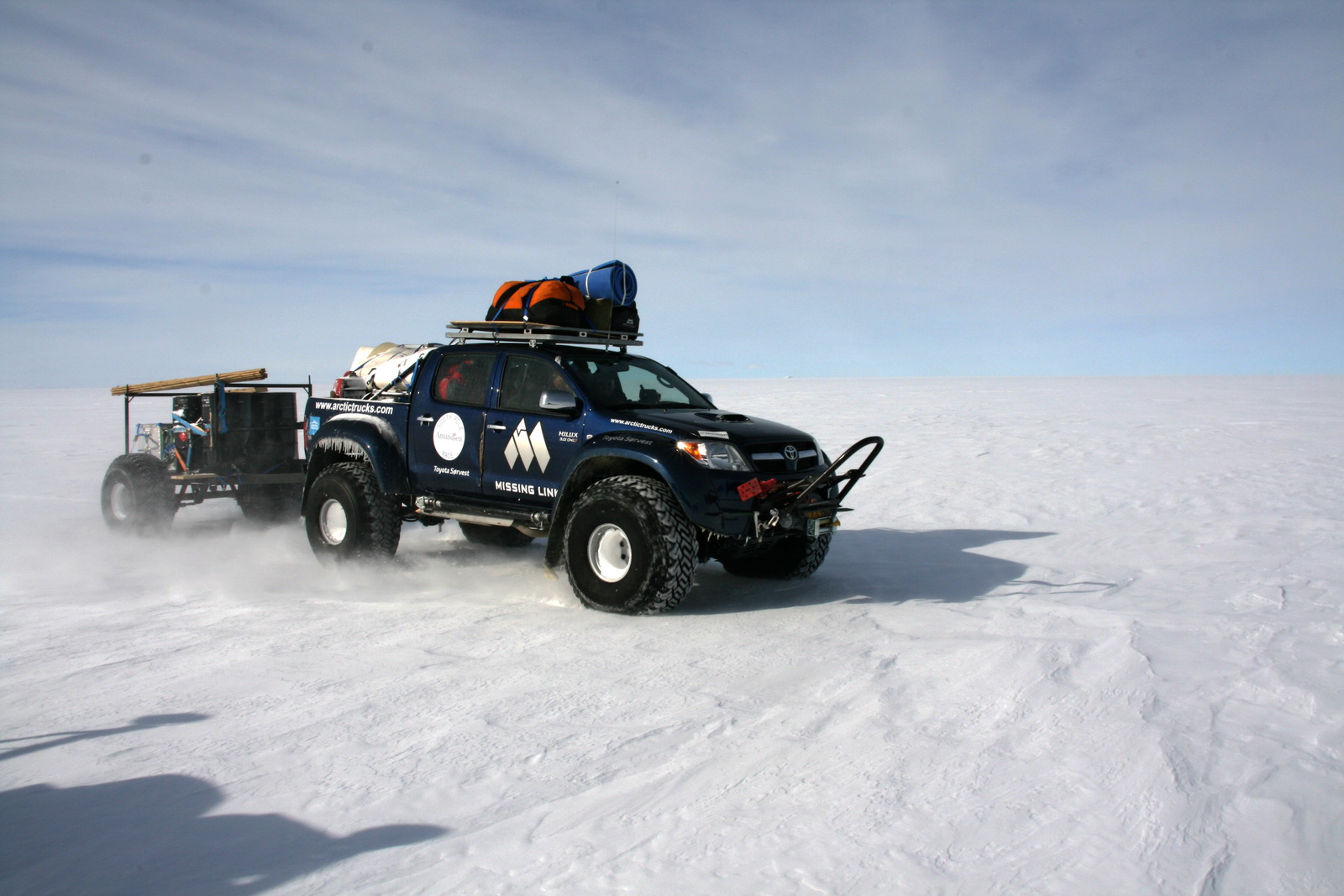 2010 Hilux South Pole 03