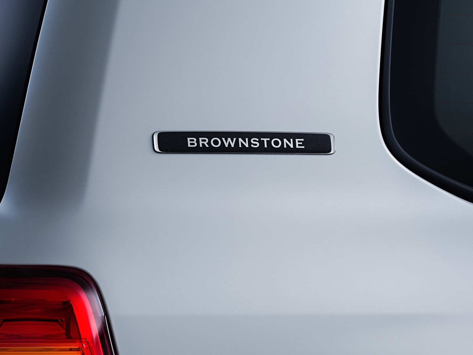 2014-02 LC200 Brownstone 02