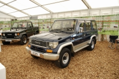 - Land Cruiser 73 Bundera - 78 Prado