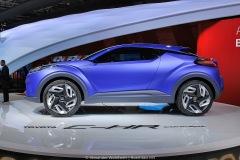 2014-Toyota-C-HR-Concept-02