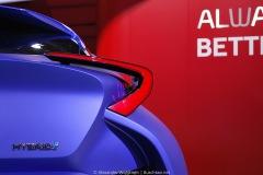 2014-Toyota-C-HR-Concept-04