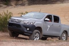 2016-Toyota-Hilux-13