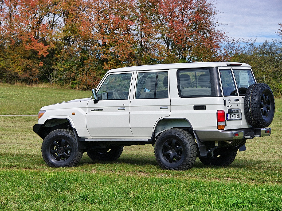 Land Cruiser GRJ76 Extrem 02
