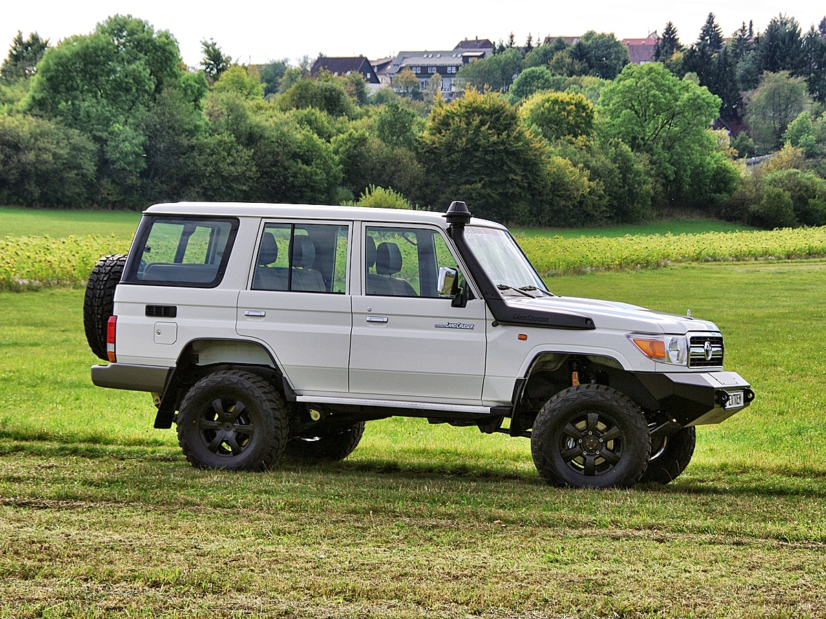 Land Cruiser GRJ76 Extrem 04