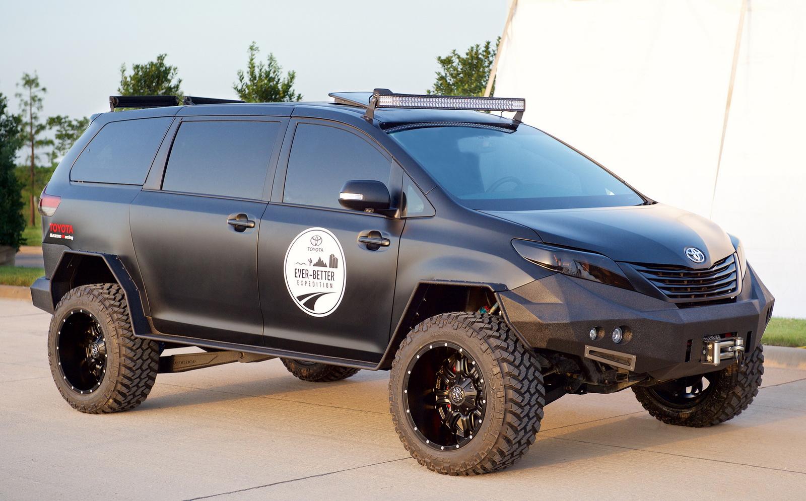 2015-10-27 Toyota Tacoma-Sienna UUV