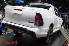 Toyota Hilux Revo Sport Concept 4