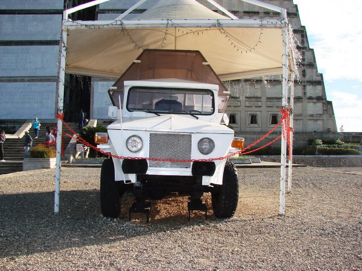 Papamobil DomRep 1979 1