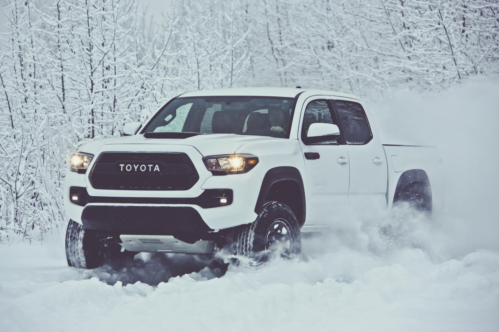 2017_Toyota_Tacoma_TRD_Pro_01_A98B77F6FAD8BA78D991C567F21B3F9C971F0627