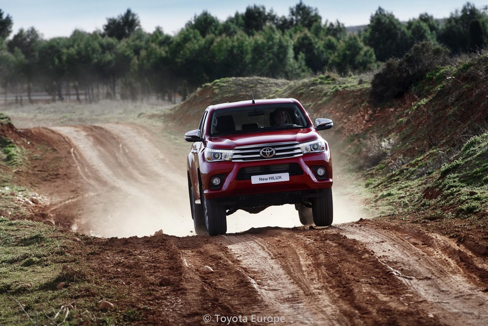 Toyota-Hilux-EU-spec-26
