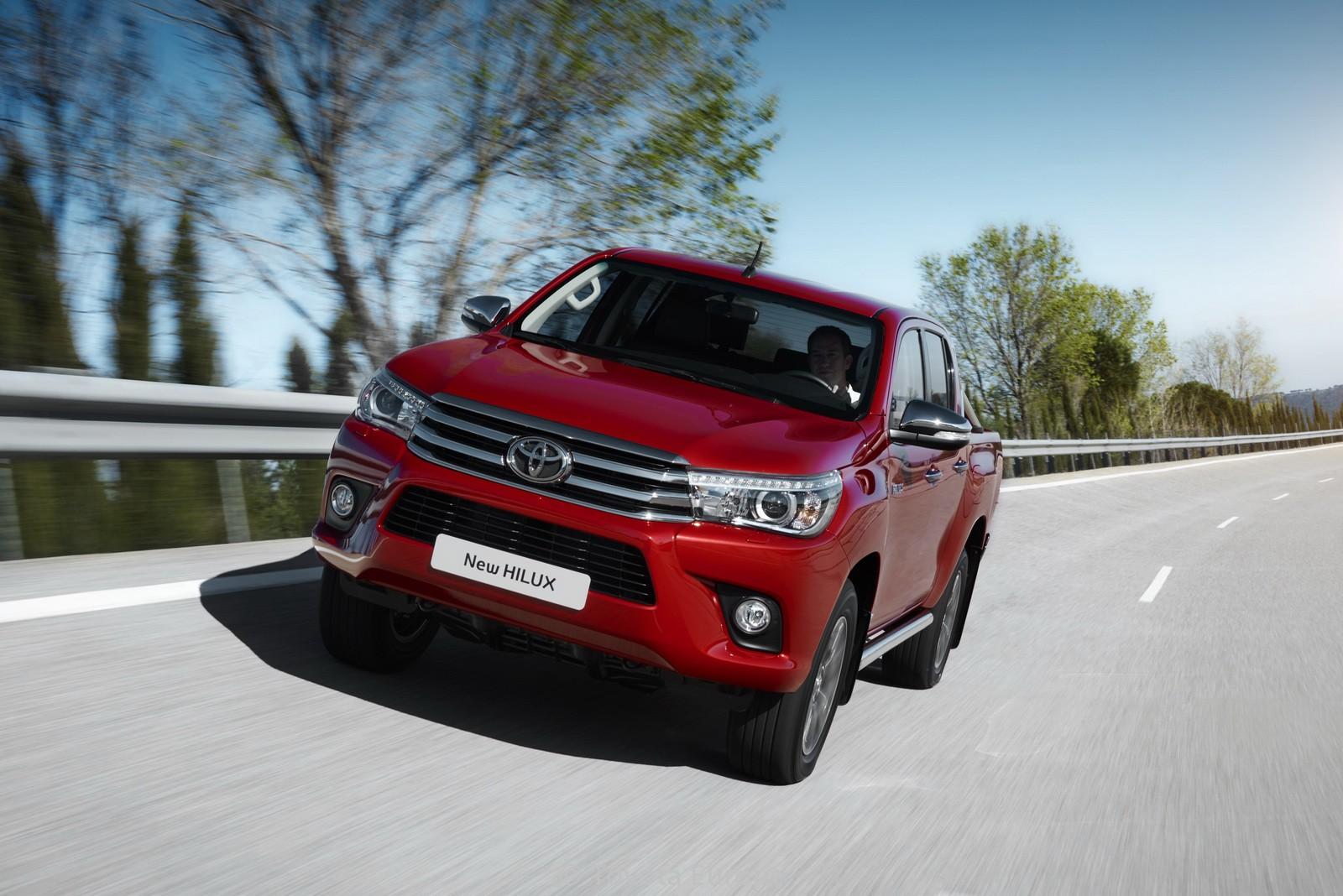 Toyota-Hilux-EU-spec-3