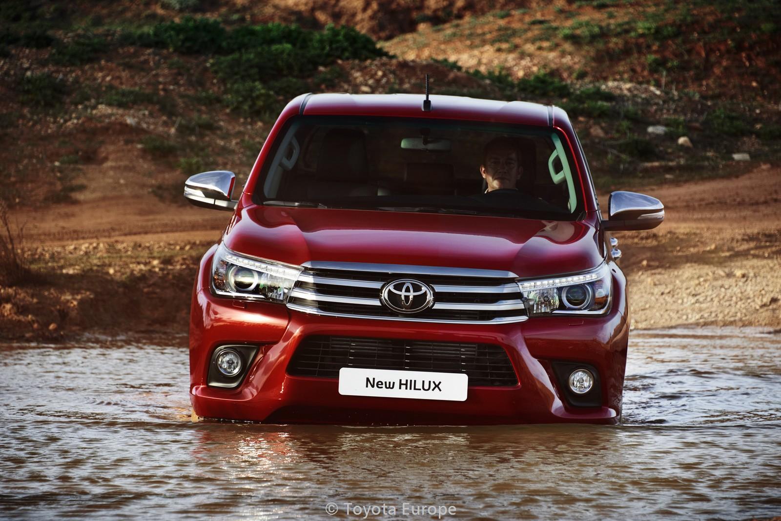 Toyota-Hilux-EU-spec-30