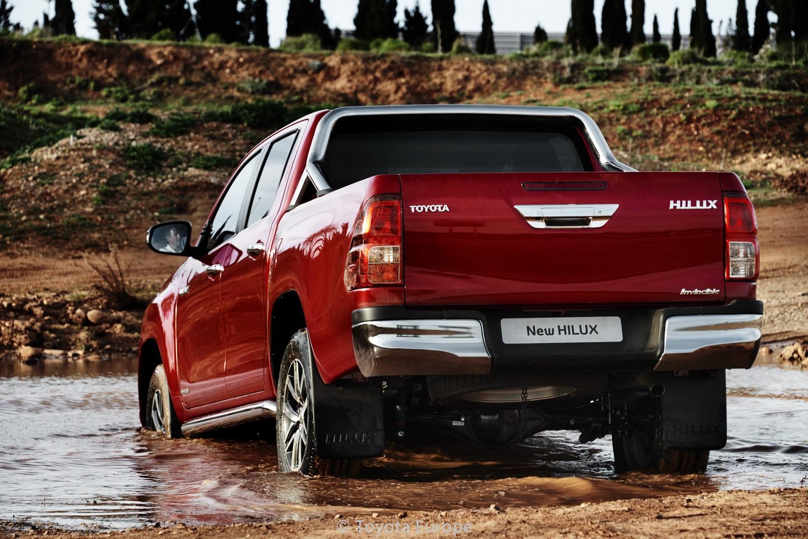 Toyota-Hilux-EU-spec-31