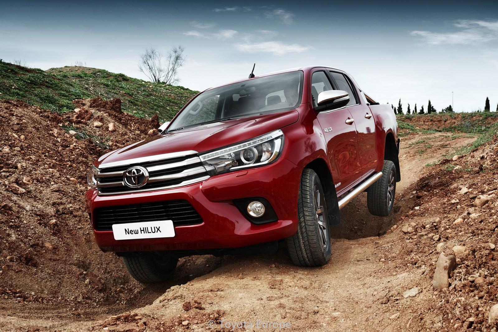 Toyota-Hilux-EU-spec-64