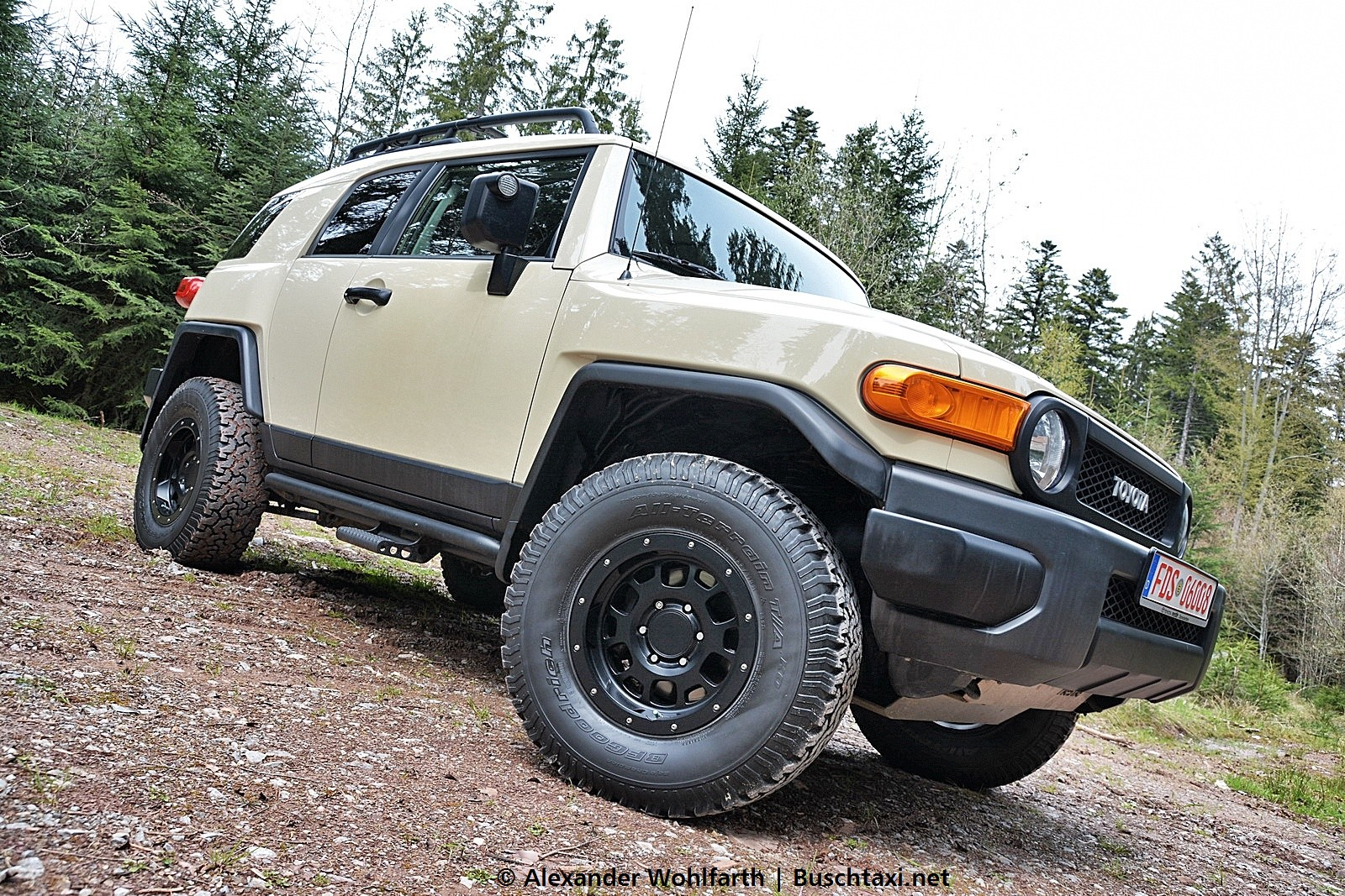 2016-05-01 fj cruiser trail teams nestle 01