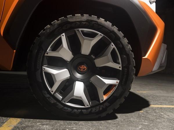 2017-04-12 Toyota FT-4X 12
