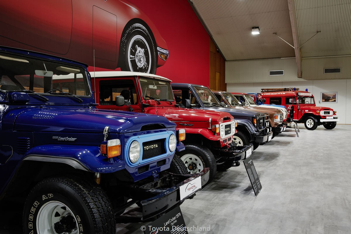 2017-11-23 toyota collection 30