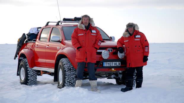 2019-08-22-Arctic-Trucks-Hilux-LEGO-07
