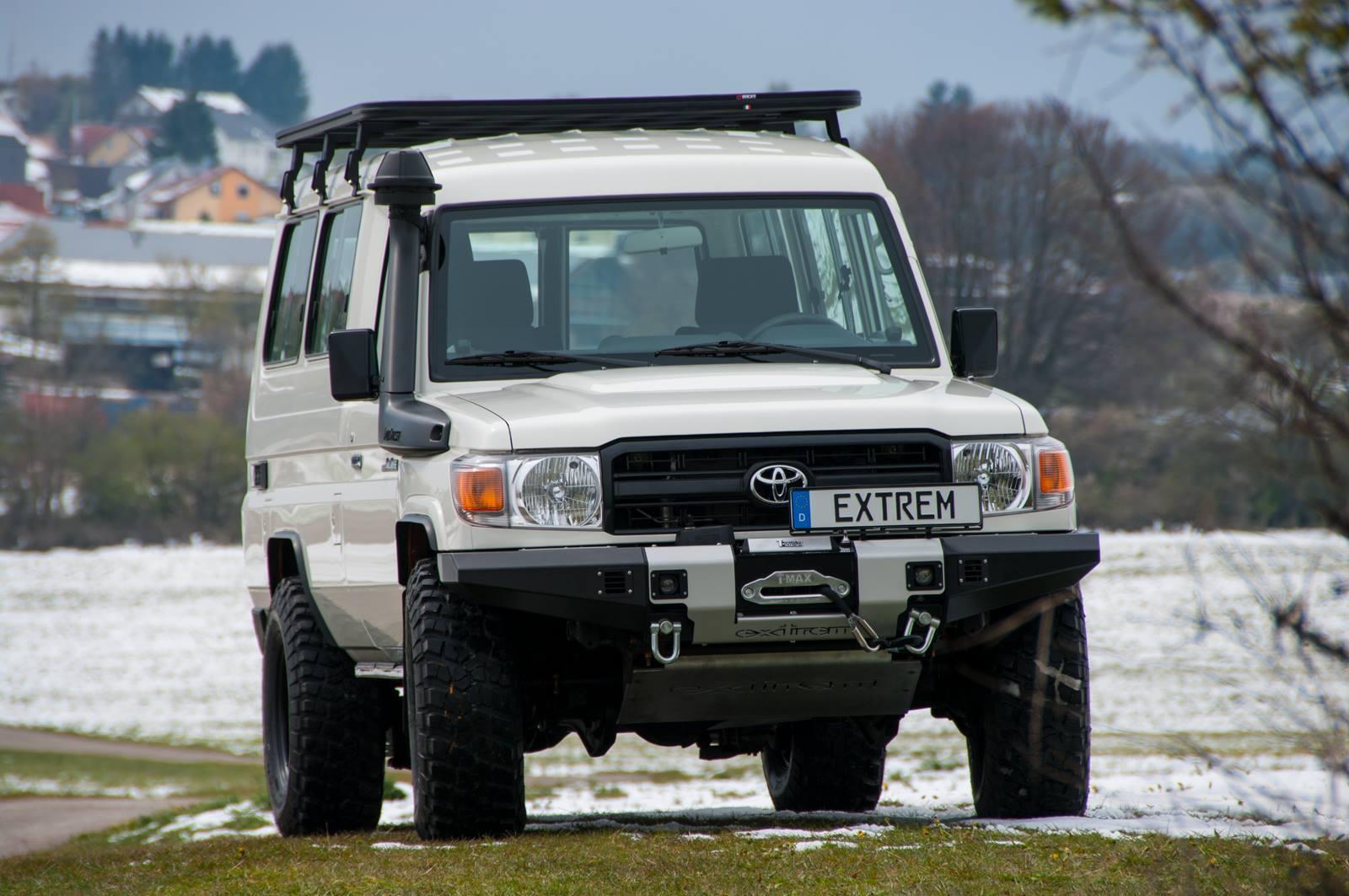 Die Ra Des Hzj Geht In Europa Zu Ende Buschtaxinet Toyota Land Cruiser 70 2015 Http Extremfahrzeugecom J7 Hzj78 Grj78html